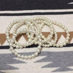 Jewelry - 🥀 Set of pearl bracelets
